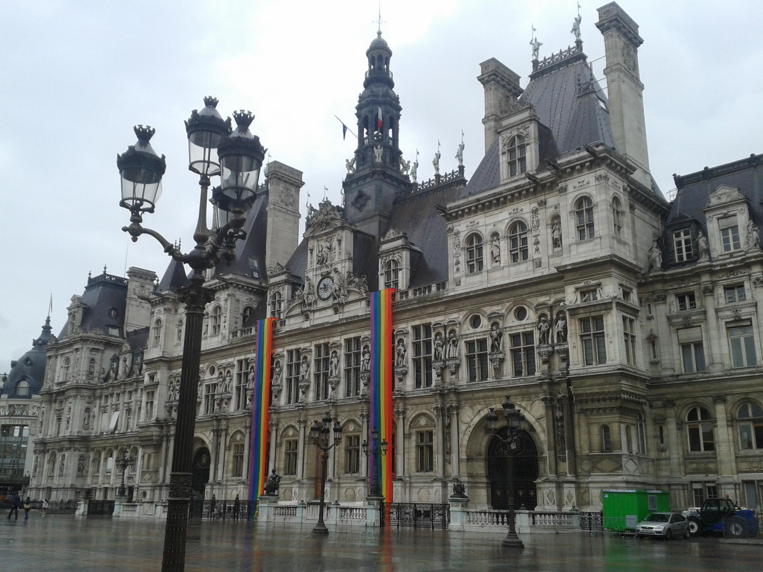 Façade de la Mairie de Paris, 1er arrondissement, dimanche 29 juin 2014